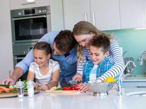 A Corian konyhapult a nagy családok otthonába is jó választás!