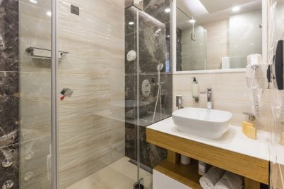 egyedizuhany-egyedi-zuhanykabin.jpg