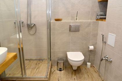 sarok-zuhanykabin.jpg